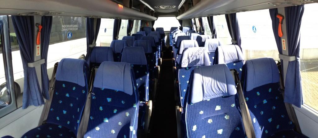 touringcar 29 personen